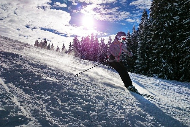 It's Ski Season! Common Ski Injuries and How to Prevent Them